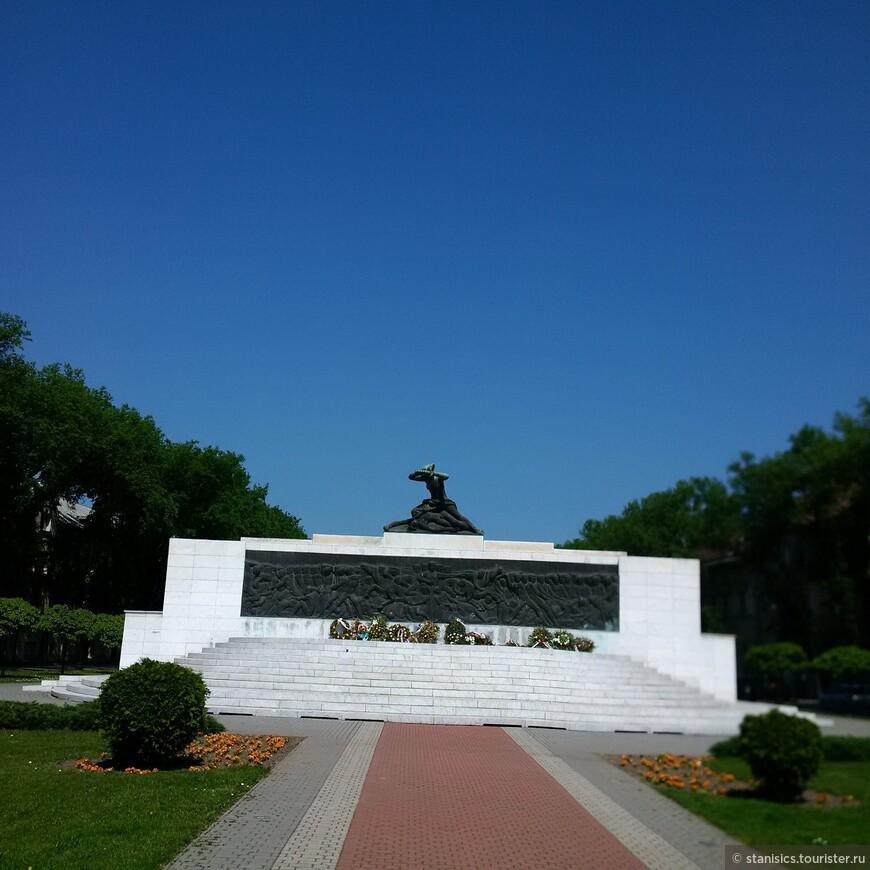 Памятник жертвам фашизма - Суботица