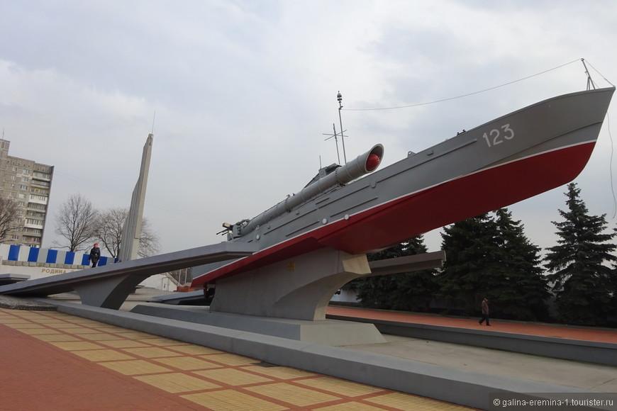 Калининград, Памятный знак морякам-балтийцам