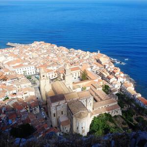На самый верх в Чефалу (Сицилия)