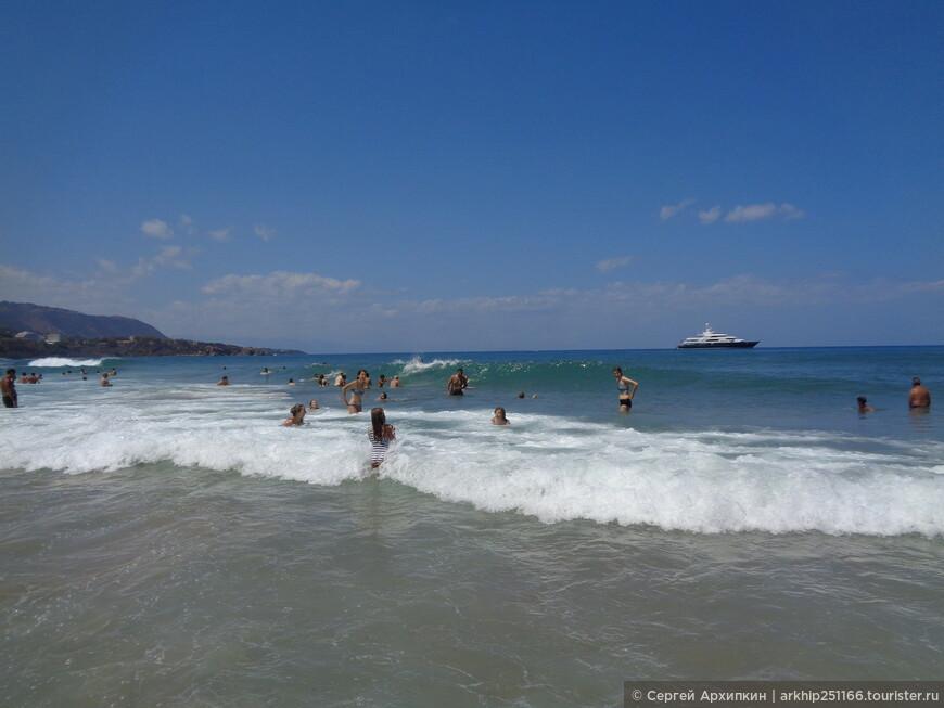 Море было теплым и чистым