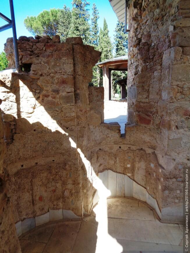 Вилла Казале - остатки мрамора