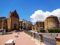 Городок Пьяцца Армерина - в центре Сицилии