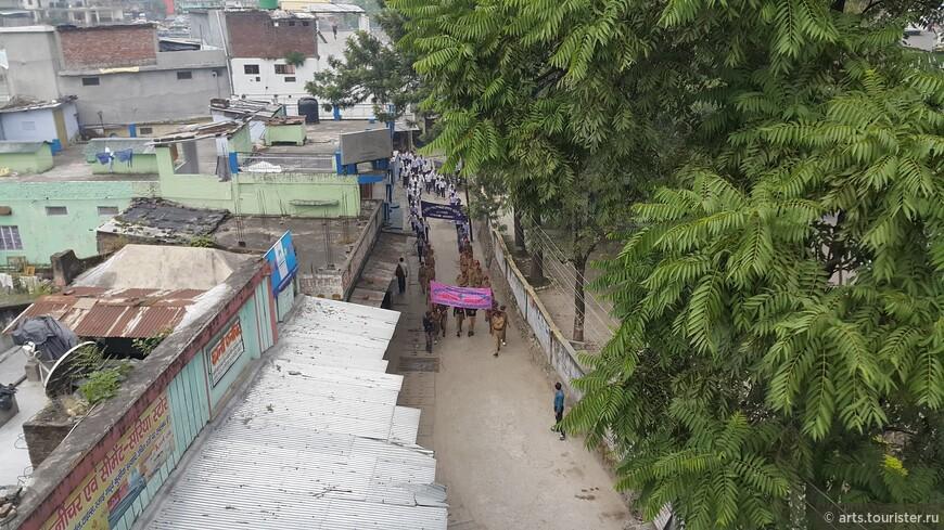 Демонстрация в Уттаркаши