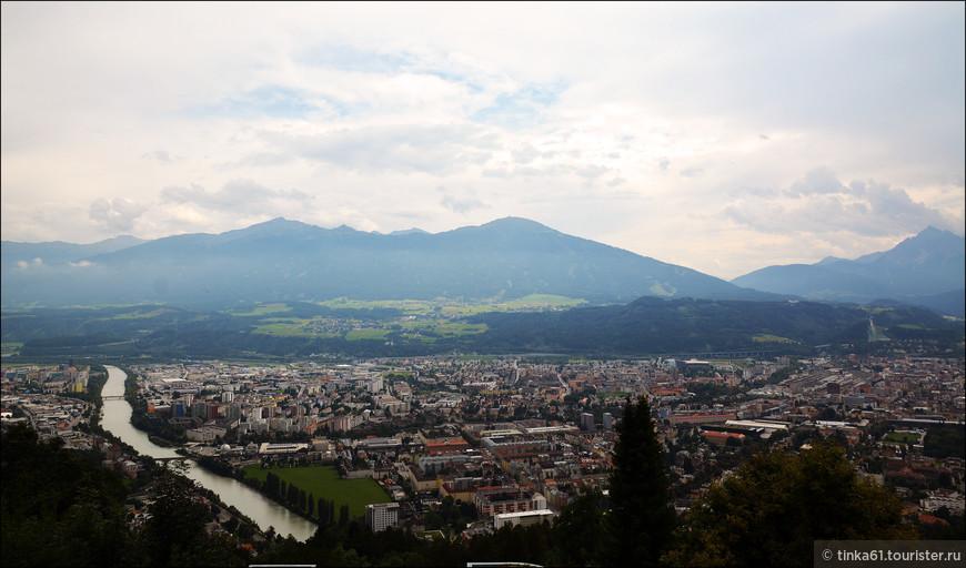 Панорамы Инсбрука со смотровой площадки.