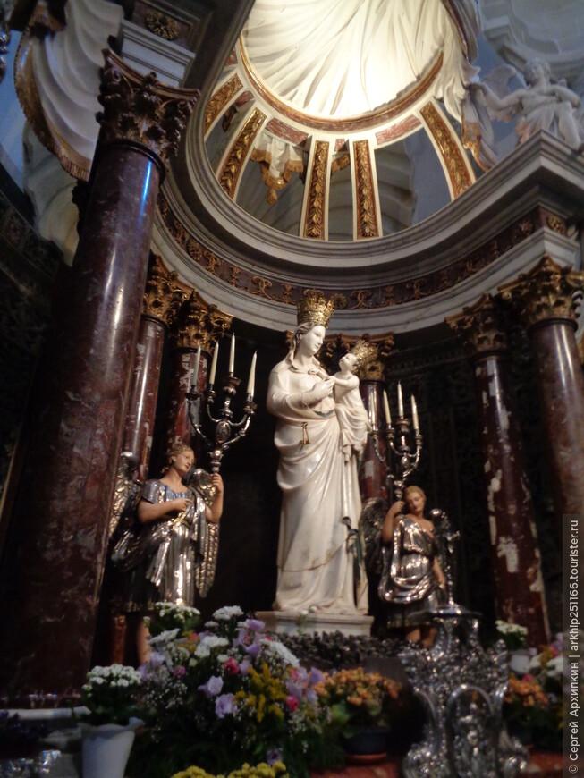 Здесь много ценных религиозных реликвий Трапани