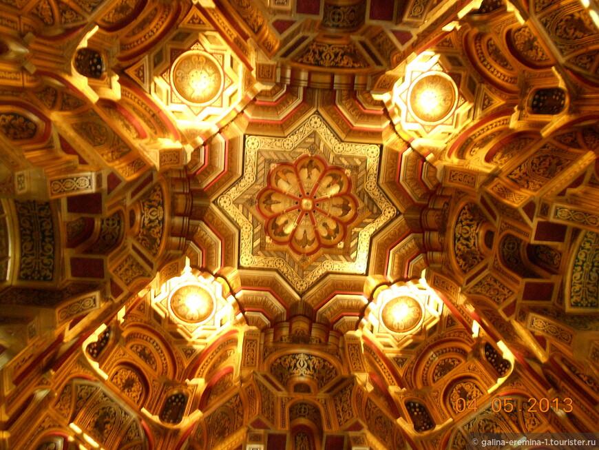 Уэльс, Кардифф, потолок в Кардиффском замке