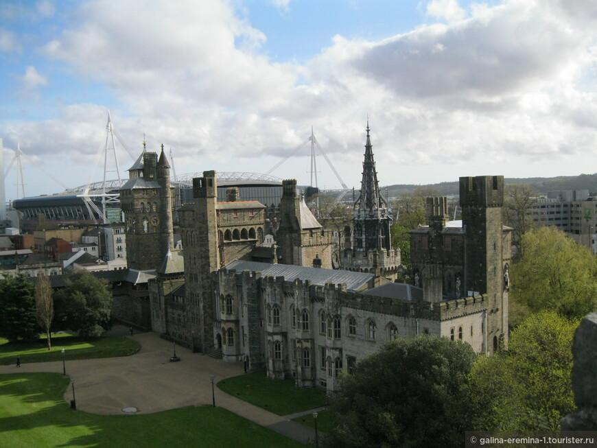 Уэльс, Кардифф, в Кардиффском замке, вид с башни