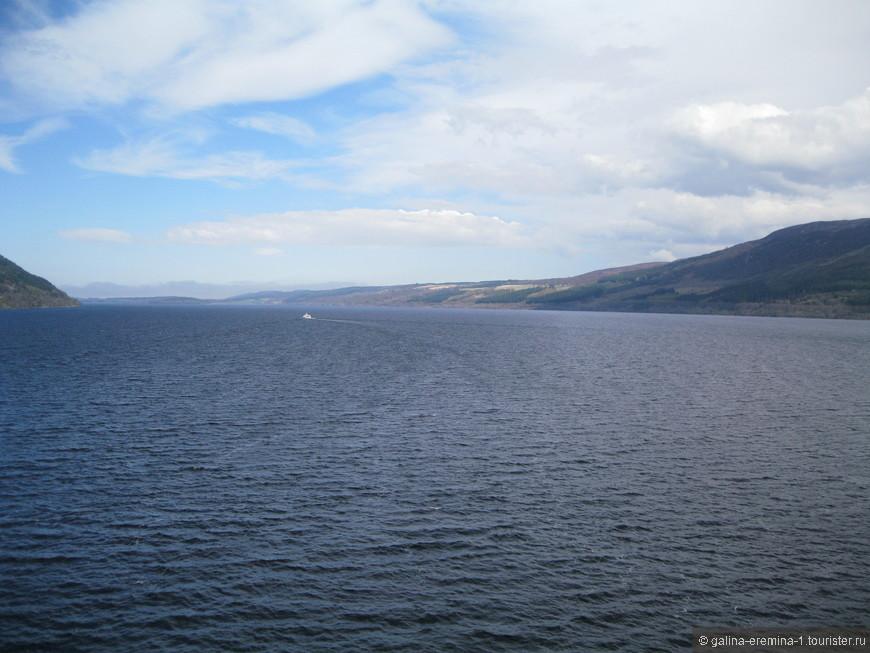озеро Лох-Несс, красивое