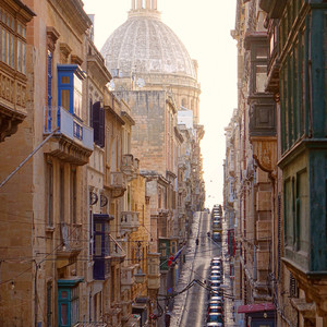 Мальта. Валлетта. Запах моря иладана…