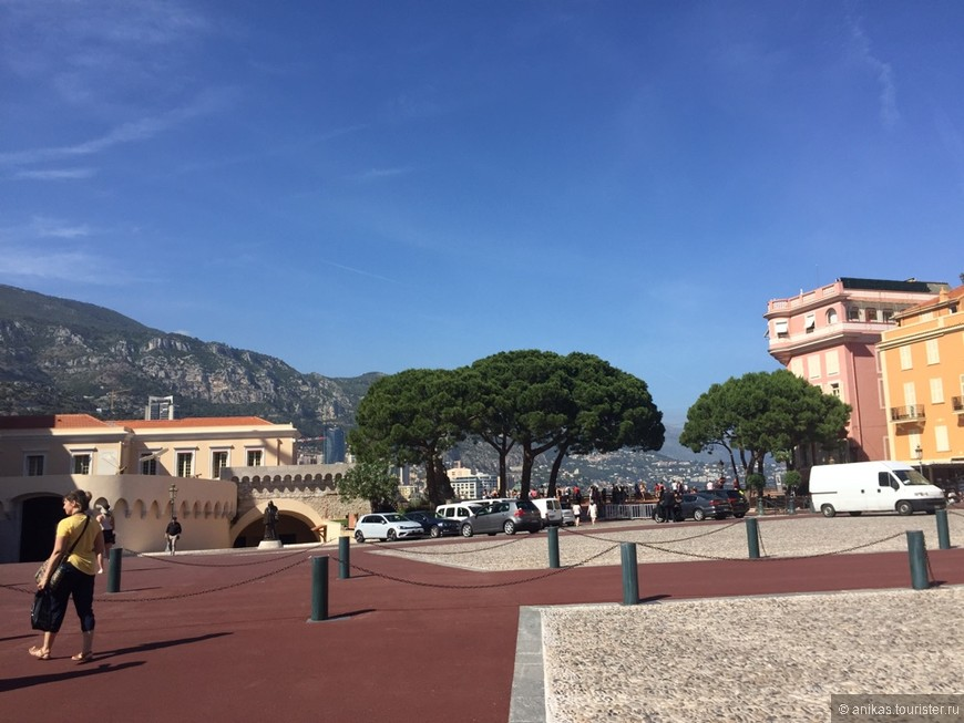 Площадь у дворца Принца Монако