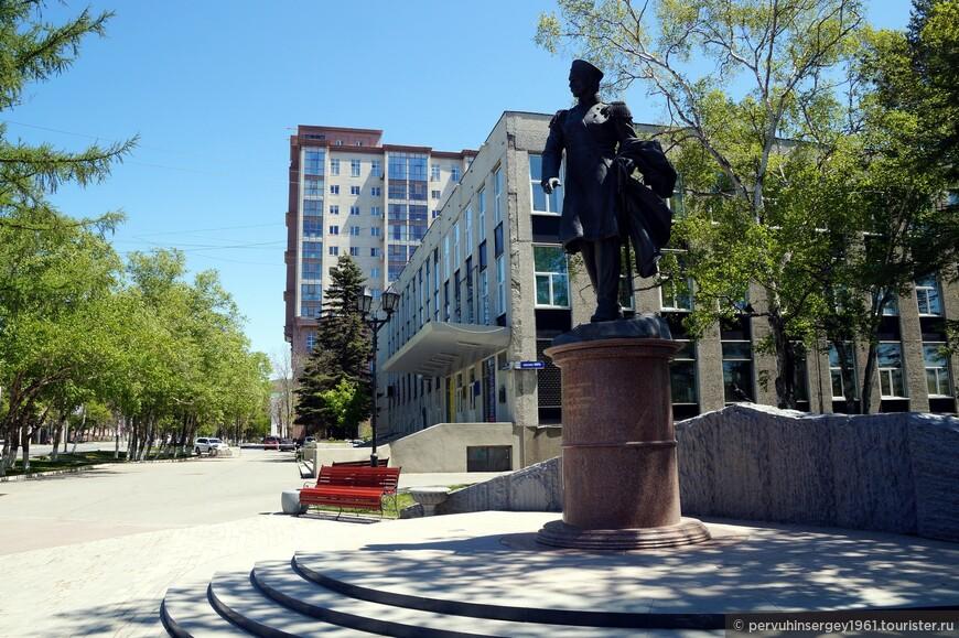 Элитные памятники москвы Южно-Сахалинск в памятник на могилу цена ростов официальный сайт