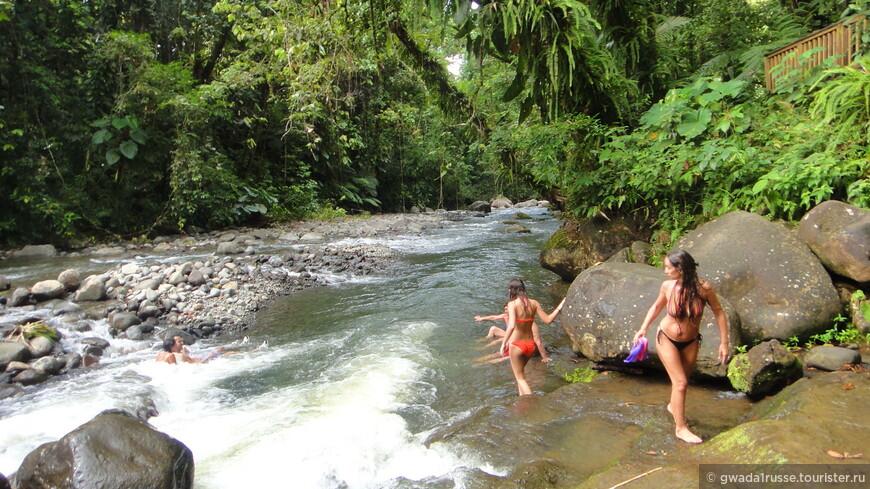 Что может быть приятнее, чем окунуться в жаркий день в прохладные воды горной реки?!