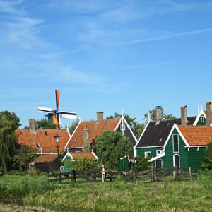 Игрушечная голландская деревня
