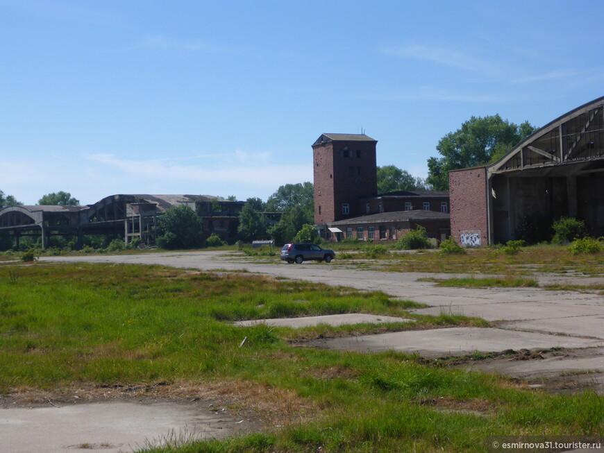 Руины немецких ангаров для гидропланов