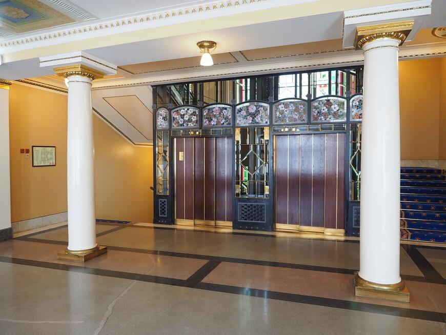 Лифтовое хозяйство как произведение искусства.
