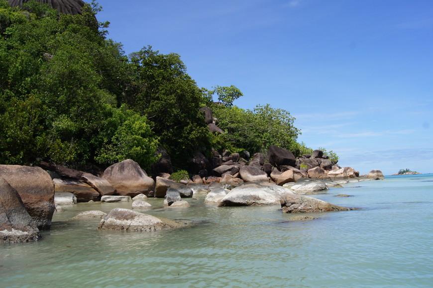 Берега, камни, пляжи потрясающие!