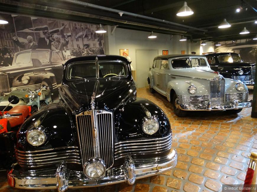 Лимузины советского производства. Часть машин из этой коллекции реально исторические, на них ездили видные люди СССР.