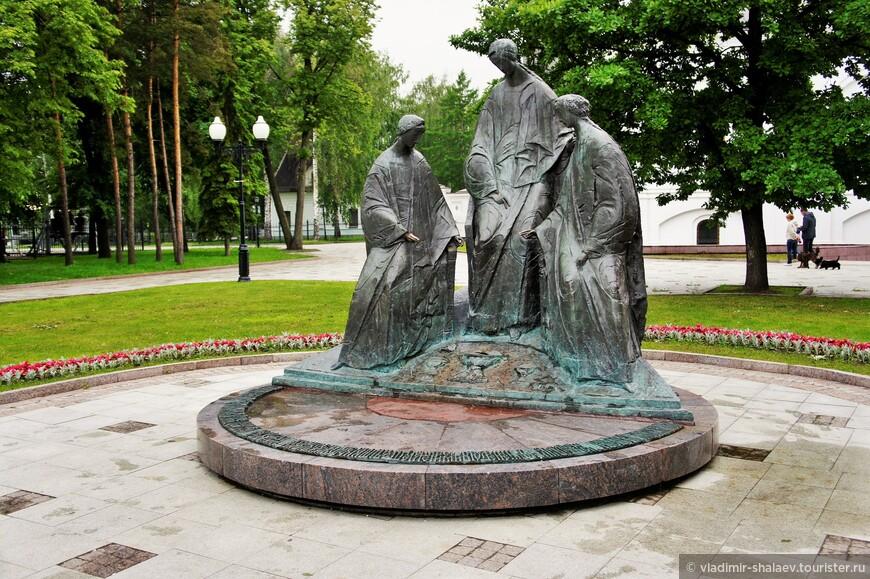 Памятник Святой Троице.