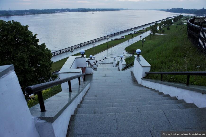 Лестница к Волге.