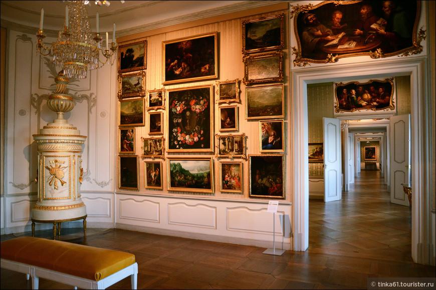 Национальная галерея, хранящая собрание старонемецкой и барочной живописи.