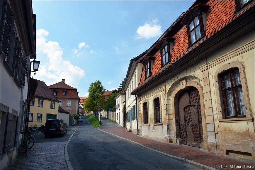 Здесь я увидела совершенно другой Бамберг - тихий, безлюдный и очень уютный.