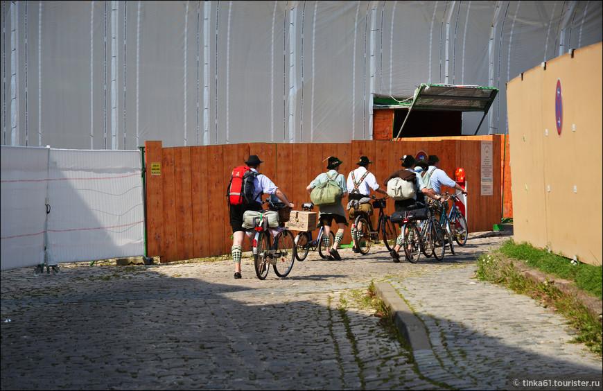 Баварские велосипедисты.