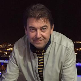 Валерий Неженский