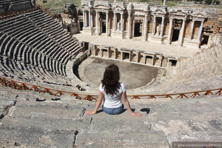 Античный амфитеатр в Иераполисе
