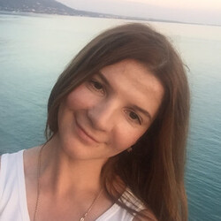 Инна Кузьмичева