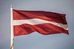 Туроператоры не смогут подавать документы на визы в Латвию