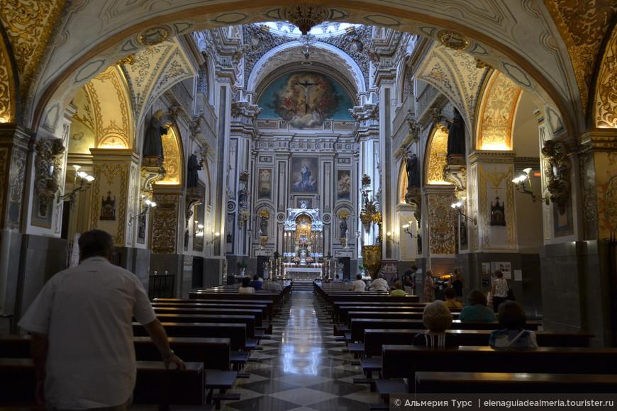 Церковь Сан Антон, XVI век. Испанское Баррокко.