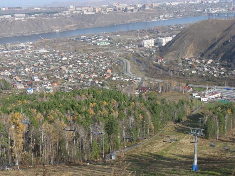 Вид на Красноярск с канатно-кресельной дороги