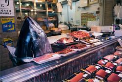 На крупнейшем в мире рыбном рынке Цукидзи в Японии произошел пожар