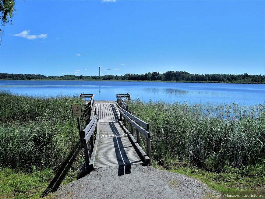 Озеро Кроппщершен в черте города.