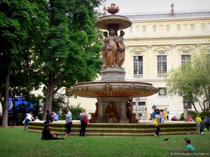 La Sorbonne  - Париж, Франция