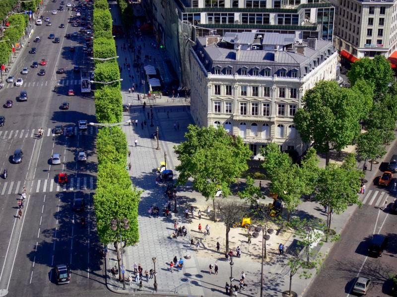 Les Champs Elysées - Париж, Франция
