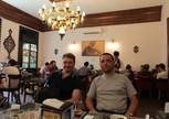 В кафе. Небольшая приятная пауза. Ах эти восточные сладости.., чашечка кофе или турецкого чая...