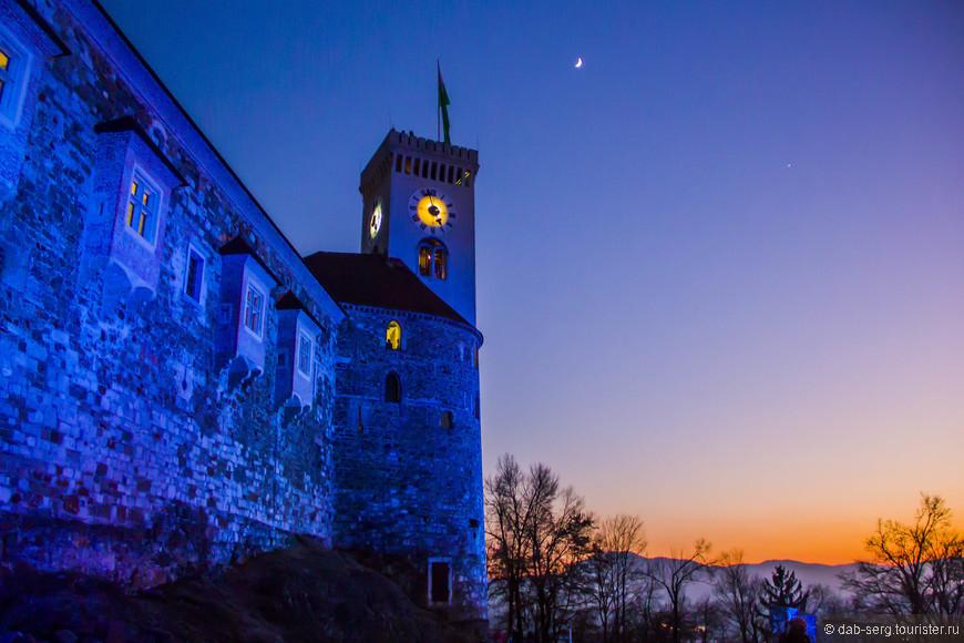 Зимний закат с холма Града впечатляющий!  Вечерний город прекрасен! Как ни крути, откуда не смотри!