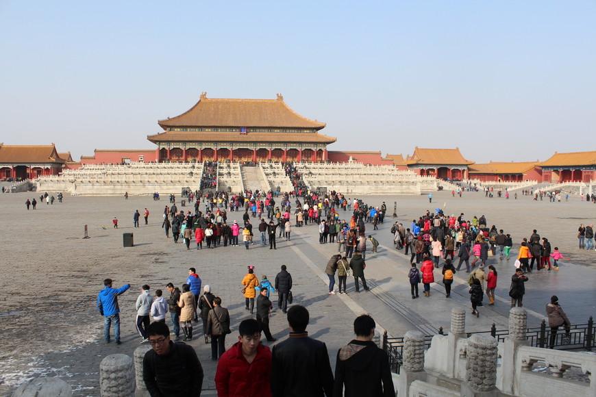 Запретный город штурмуют туристы