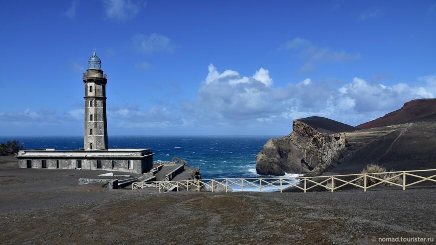 0NO_2570_Вулкан Капелиньюш, Ponta dos Capelinhos.JPG