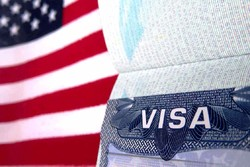 Для россиян организуют поездки в Тбилиси за визой США