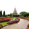 Королевские ступы и цветочный парк на вершине Дои Интханон