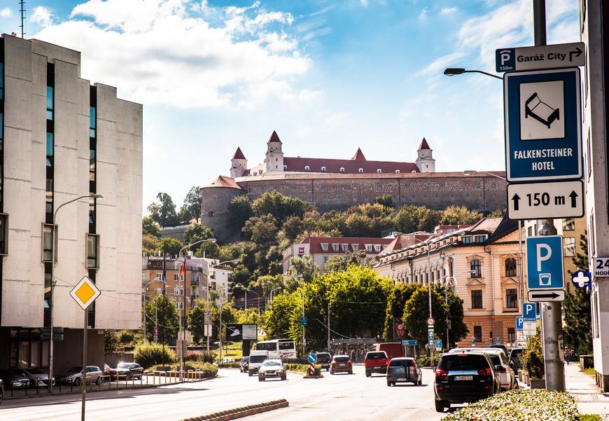 Вид на Братиславский град