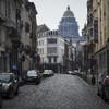 который находился в этом месте на реке Сенна до тех пор, пока она не была убрана под землю. Архитектурный стиль здания - фламандский неоренессанс.  4. Дворец правосудия Palais de Justice de Bruxelles