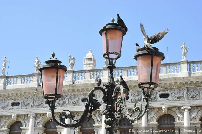 Фонари на площади Святого Марко.