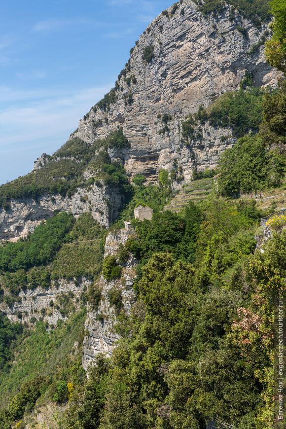 И горы