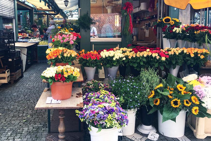 Рынок в Гданьске, отправляйтесь сюда за цветами, овощами и фруктами, расположен в шаговой доступности от основных достопримечательностей
