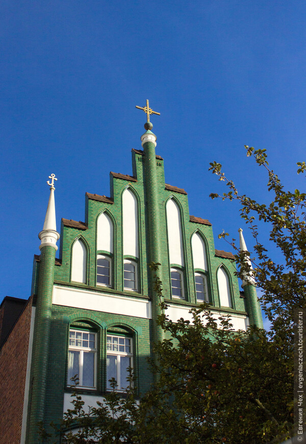В этом районе жили шведские купцы, имелась и своя церковь.