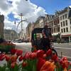 И тюльпаны, и колесо обозрения на площади Дам, и рикша