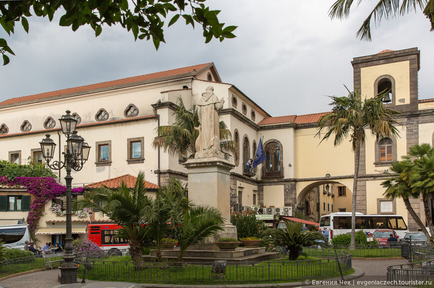 Площадь Сан Антонию